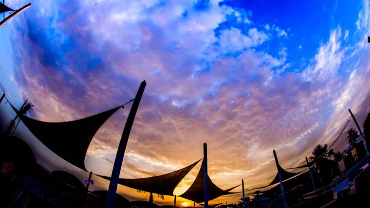 Bussola Beach | The Show